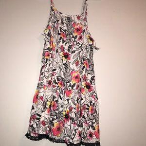 NEW Floral size Medium Sun Dress